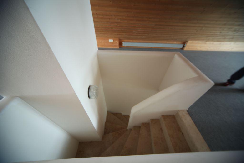 haus 1 dachgeschoss bild 1 sanieren in frankfurt bossmann gmbh. Black Bedroom Furniture Sets. Home Design Ideas